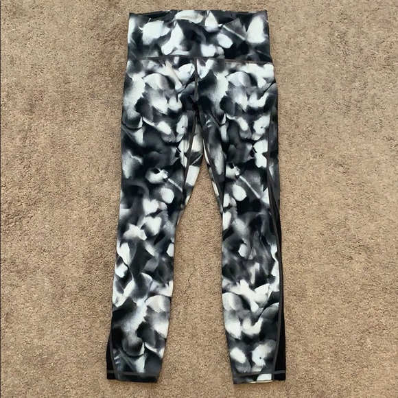 lululemon athletica Pants - Lululemon workout pants